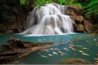 Пушистый водопад